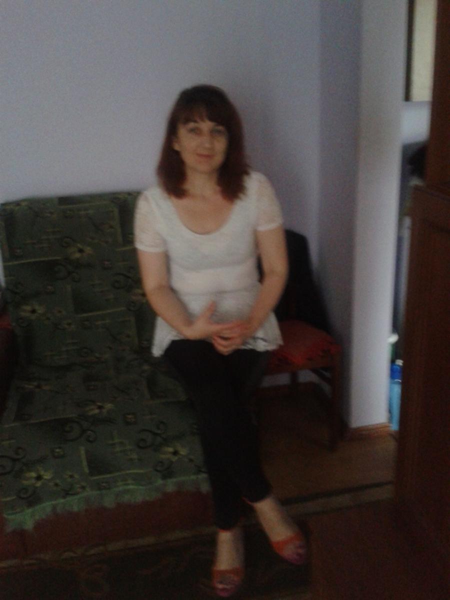 caut femeie curatenie oradea, femei de măritat deva