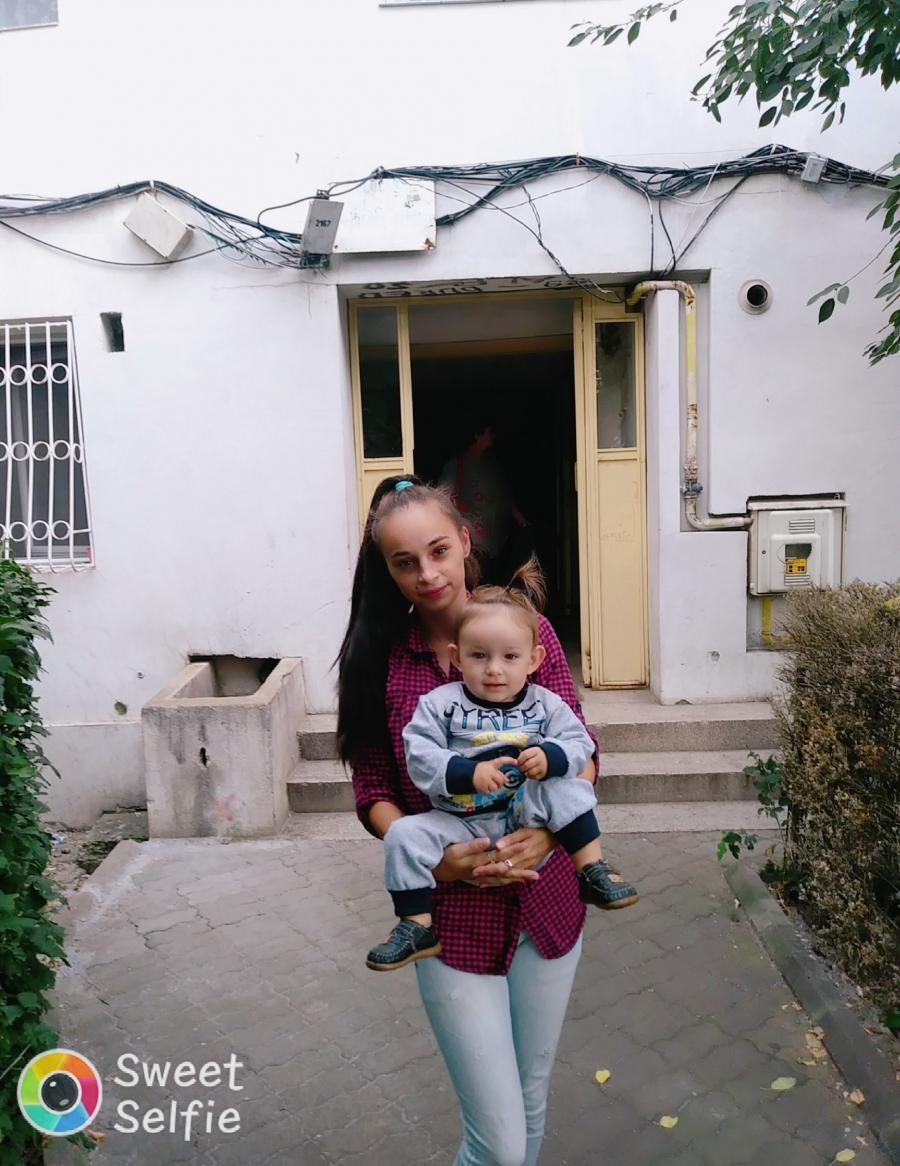 caut femeie pentru ingrijire copil bucuresti)